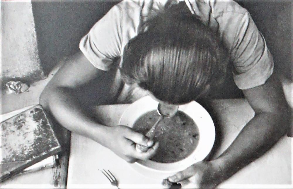 В рабочий полдень (1931 год)