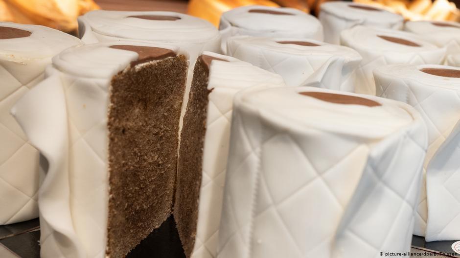 На период карантина булочные и кондитерские в Германии торгуют только на вынос. Кафе при них закрыты