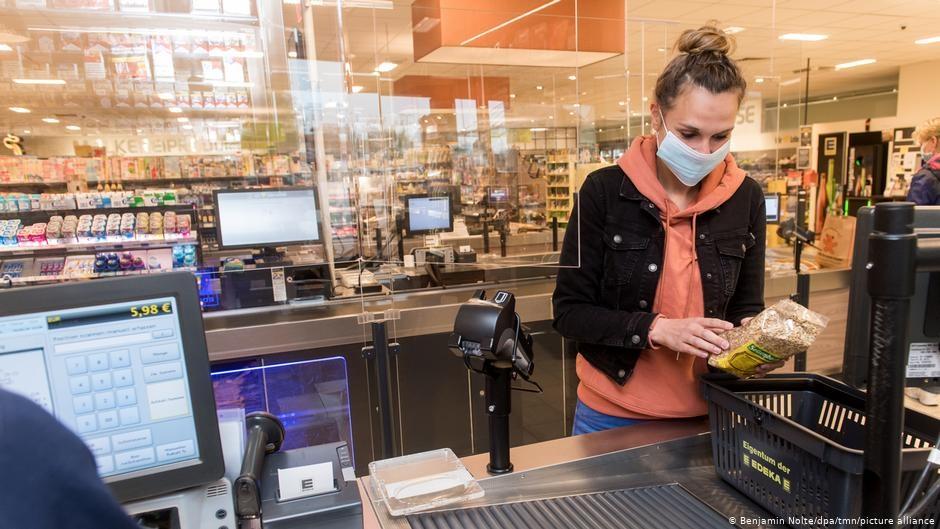 Жвачка хорошо продается в прикассовой зоне. Но не в пандемию