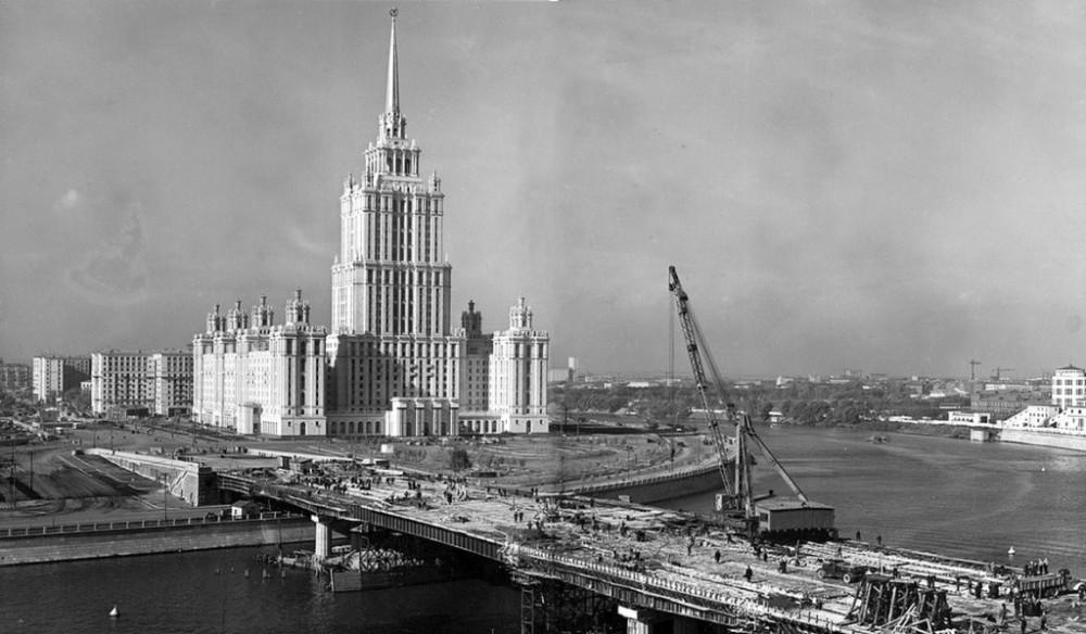 Как Москва общепит восстанавливала