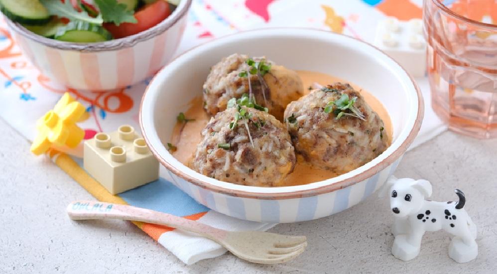 Ёжики с рисом на сковороде