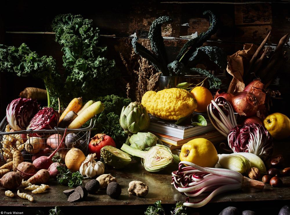 Зимнее изобилие - роскошный натюрморт из зимних овощей и фруктов