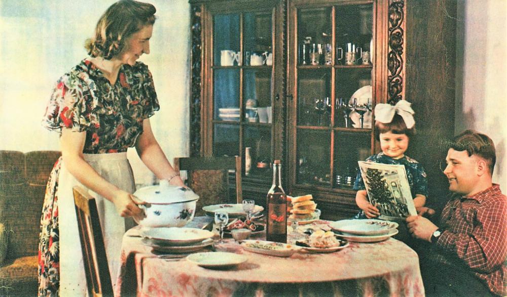 Семья бурильщика Петра Келембета в своей квартире