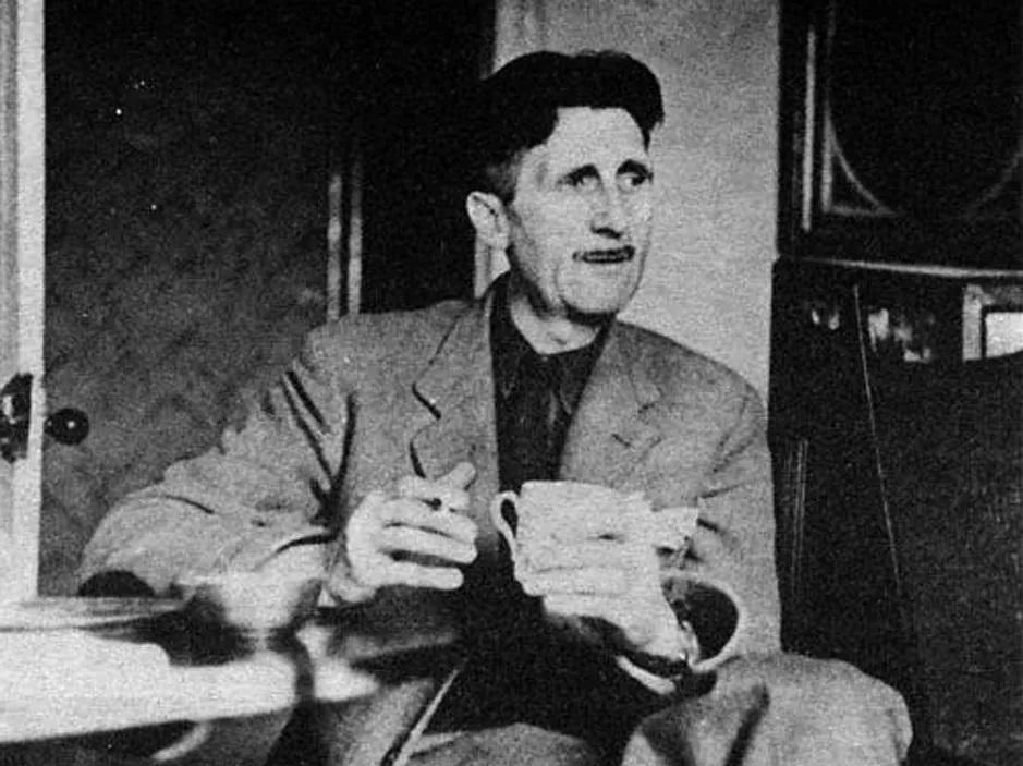 Джордж Оруэлл (1944)