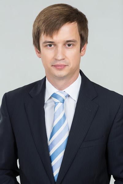 Роман Караулов - биография