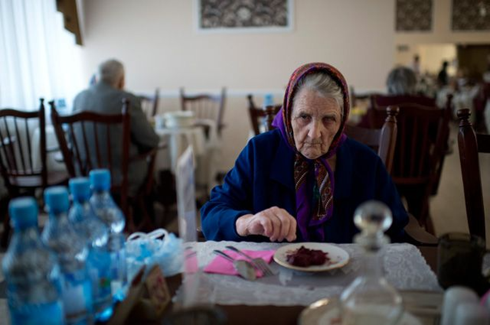 катастрофа и изоляция пожилых людей