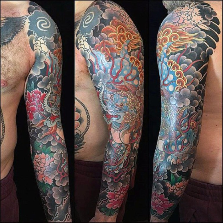 intricate-Japanese-sleeve-tattoo-male.jpg