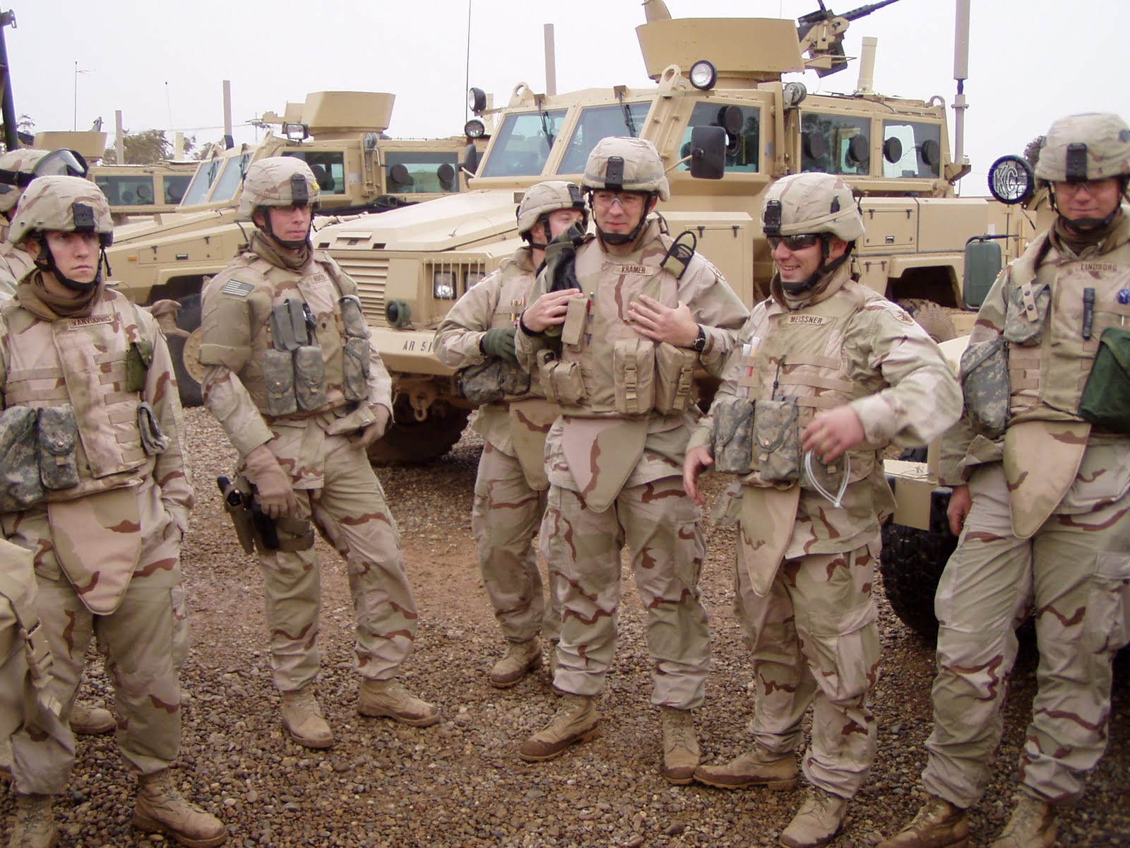 rg-31s-in-iraq-with-troops