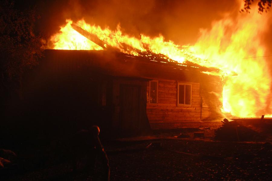 Кто виноват, и что делать, когда в Шабалинском районе во время пожара гибнут люди?