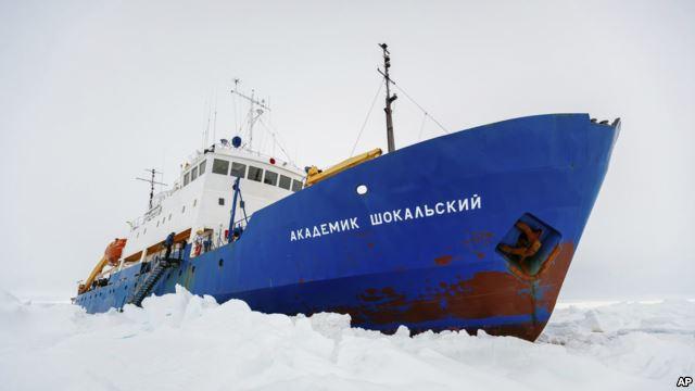 Пассажиры благополучно эвакуированы с «Академика Шокальского»