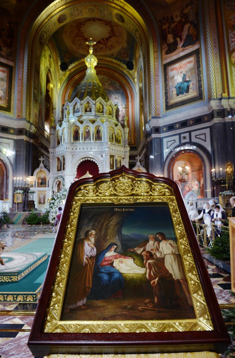 Дары волхвов в Храме Христа Спасителя