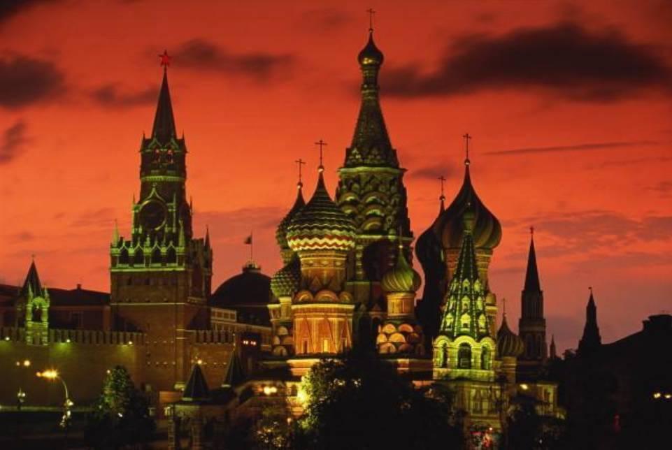 Стихи о России. Не накормишь Русь потехой