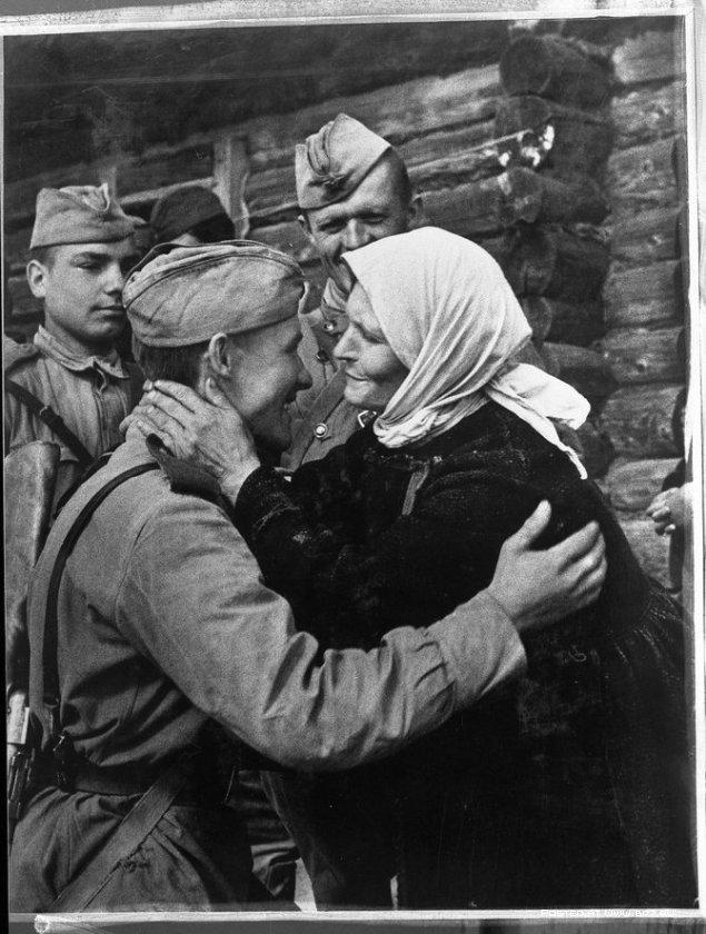 Стихи о войне. За мужество героев – шабалинцев хотим мы низко поклониться