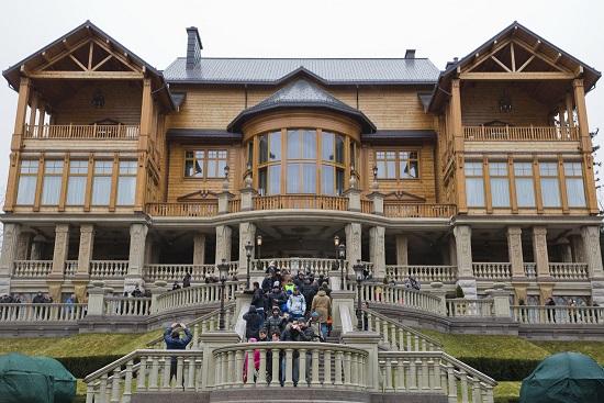 Бывшая резиденция Виктора Януковича