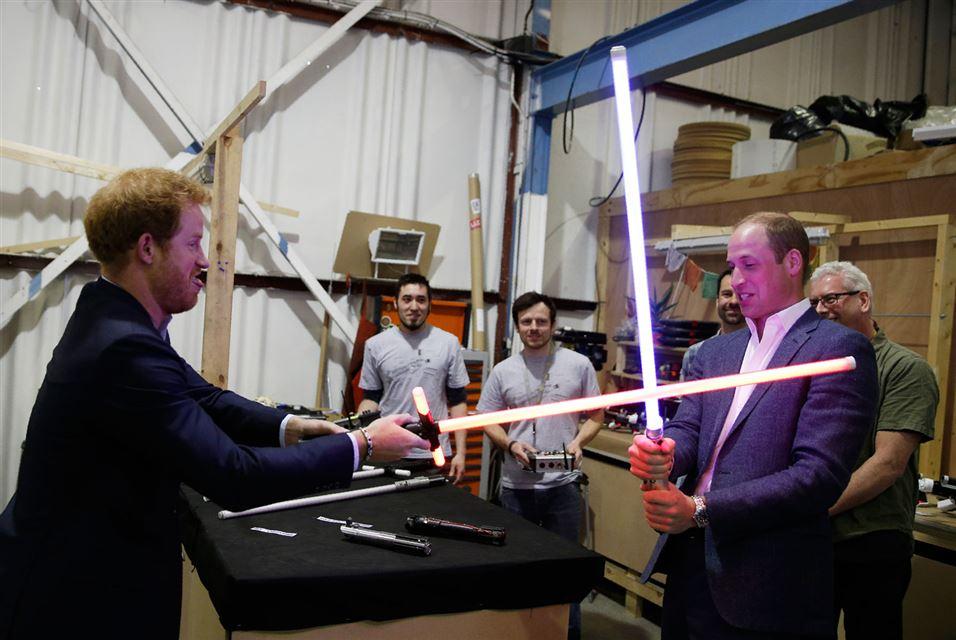 Windsors Use Light Swords of Star Wars