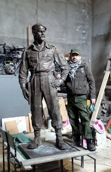 Mozgovoy Sculpture-in-Workshop