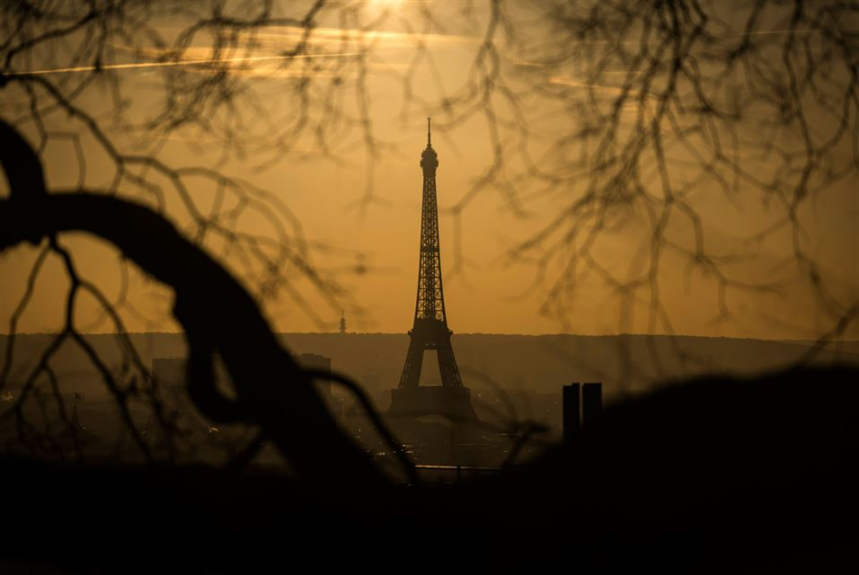 Eiffel Tower  December 3, 2016