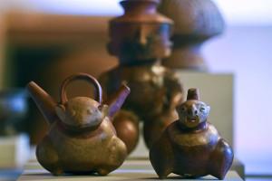 pre-Columbian pottery piece   3