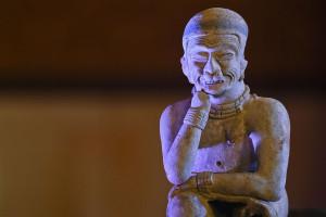 pre-Columbian pottery piece   4
