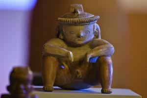 pre-Columbian pottery piece `1