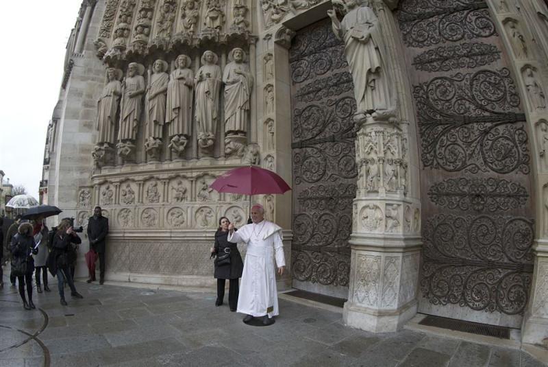 wax effigy of Pope 1