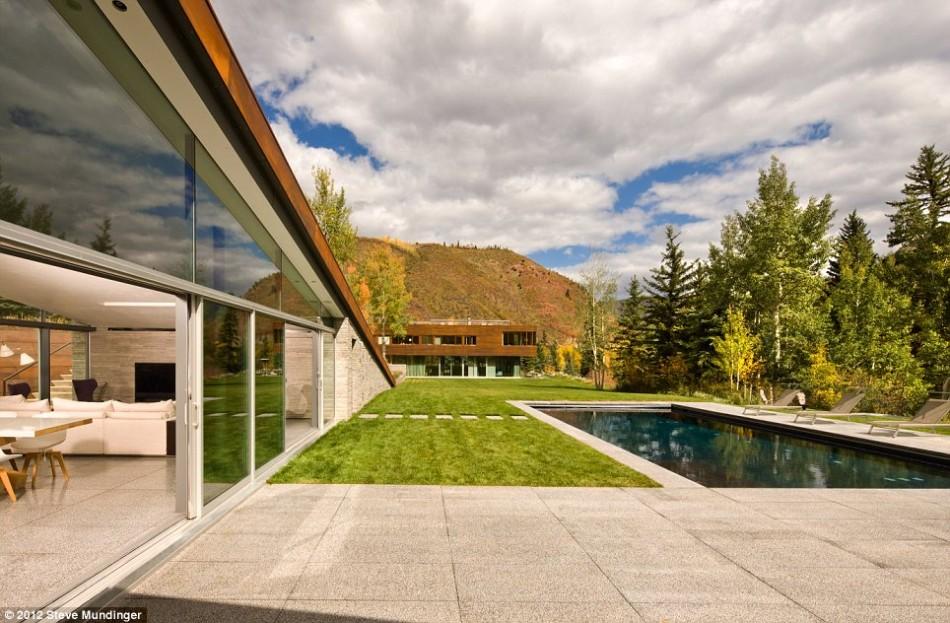 house_frontyard