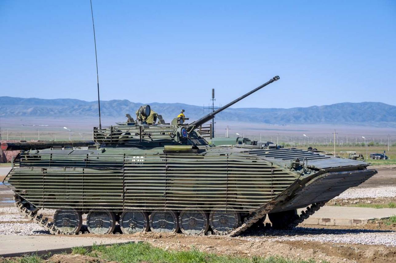 Зазаборенные казахские БМП