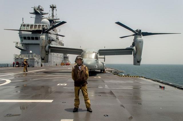 USMC_V22_Osprey_Dixmude_LHD_French_Navy_3