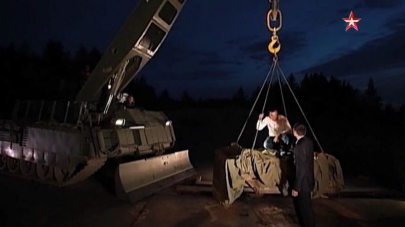 1442341590_voennaya-priemka-t-16-armata-11