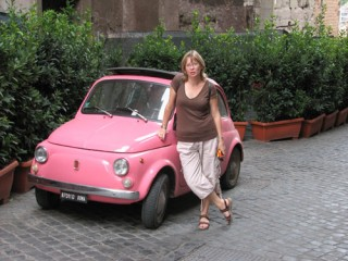 Lori & the little pink fiat