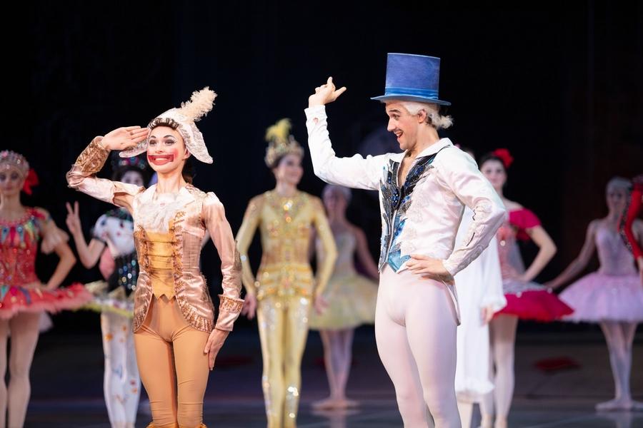 """Балет """"Щелкунчик"""" в постановке Белорусского театра оперы и балета. Все фото, цветные и чёрно-белые, с официального сайта и архивов театра: https://bolshoibelarus.by"""