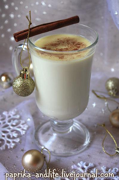 Горячий белый шоколад с ванилью