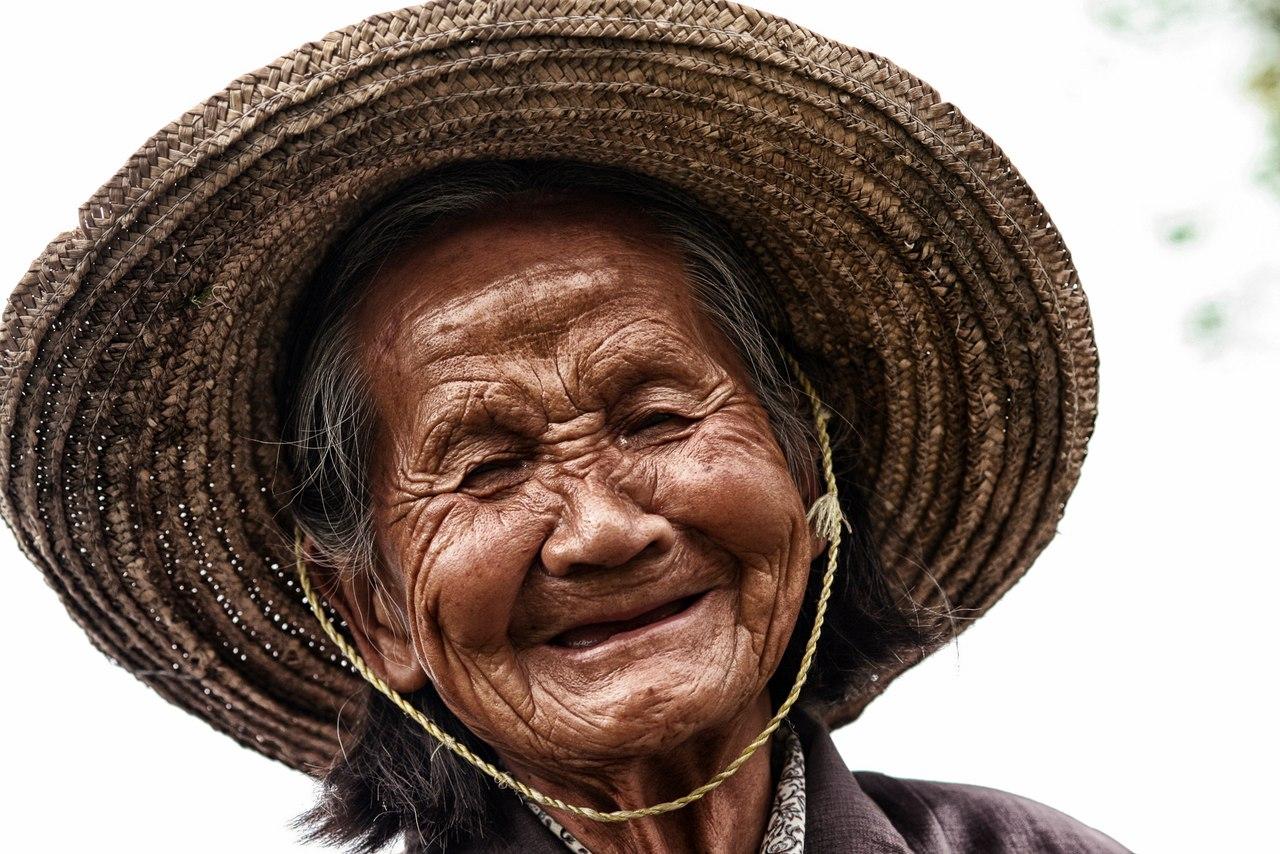 Смешные картинки беззубая улыбка, физиономии картинки открытки