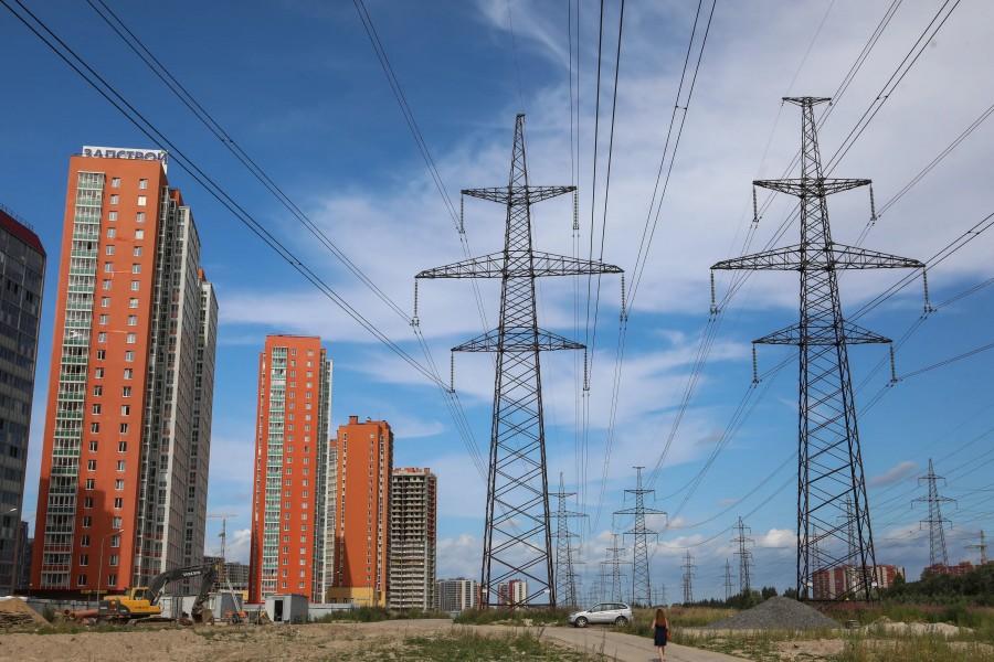 линии электропередач рядом с жилыми домами