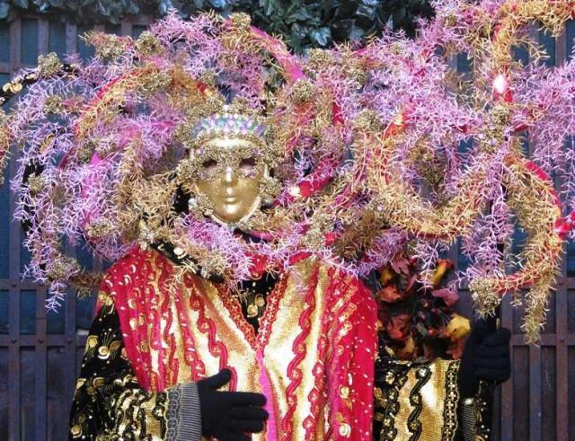karnaval-v-italii-2012