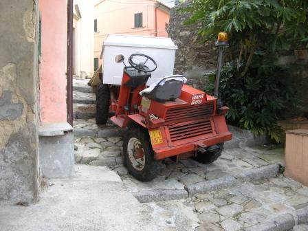 Как в Италии заносят вещи в дом