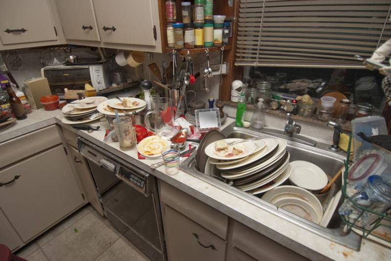 непомытая_посуда