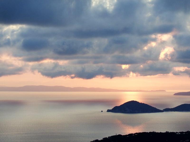 рассвет на острове Эльба