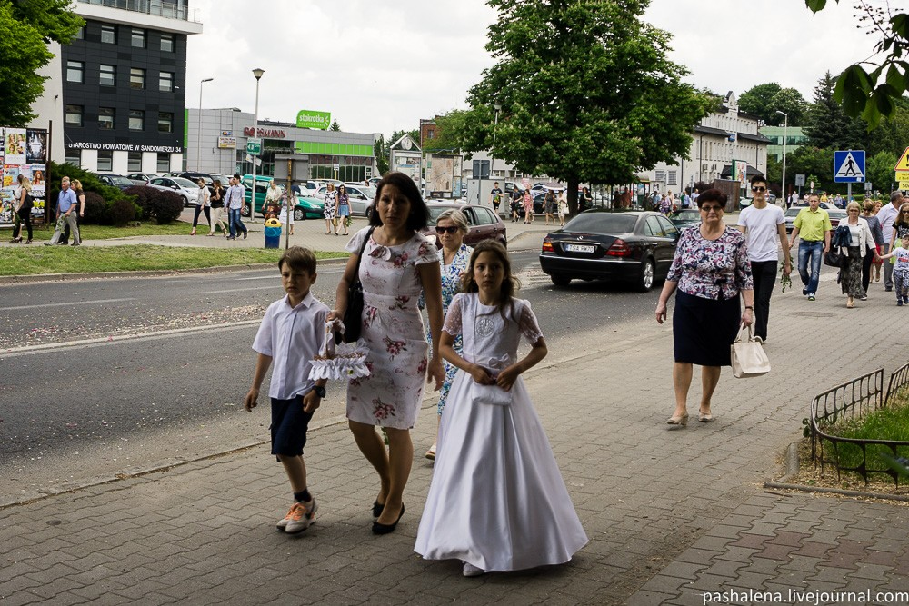 Верующие в Польше