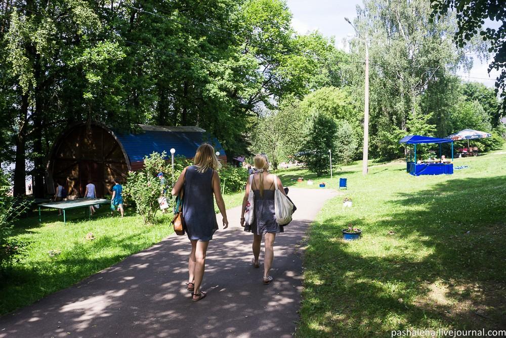 Идём на пляж в деревне Трусово