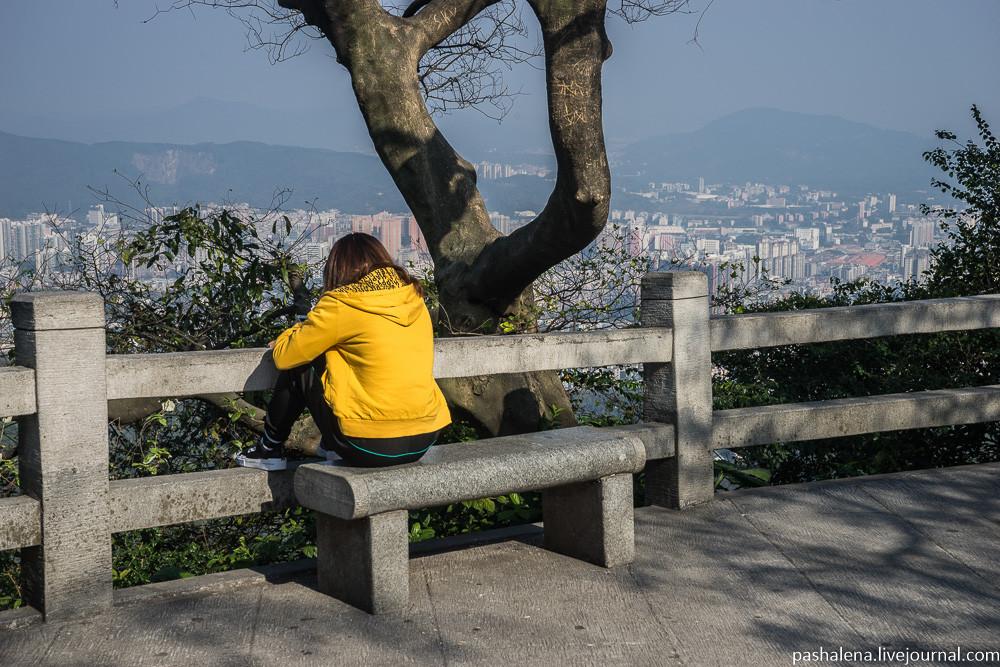 Гора Байюнь – таинственный шар, небоскрёбы в смоге и аллея желаний