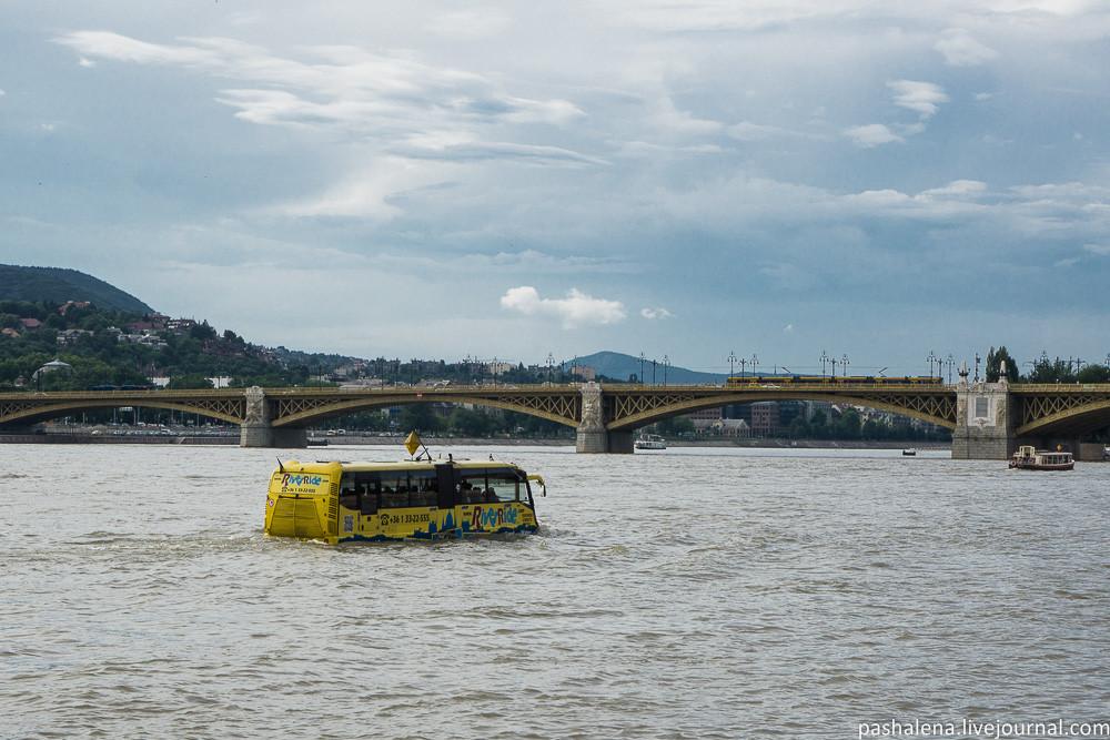 Плавающий автобус Будапешт