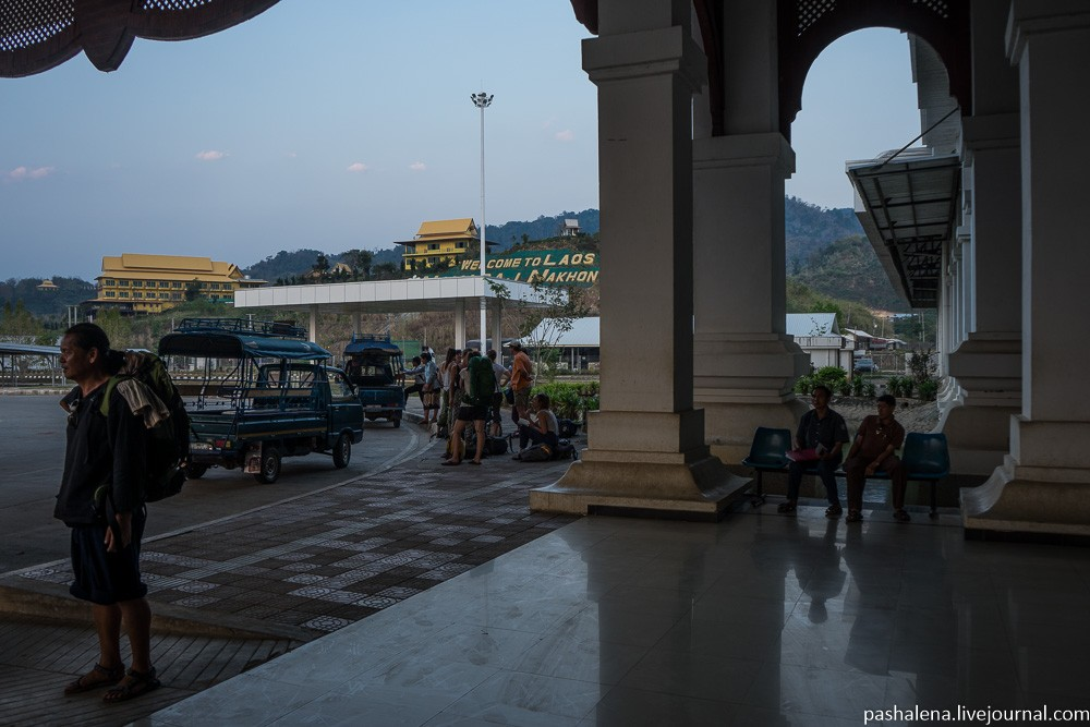 граница Лаос