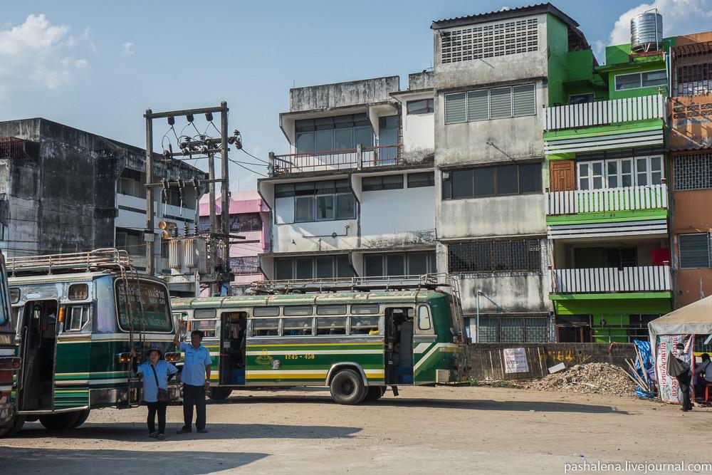 Автовокзал Чианграй