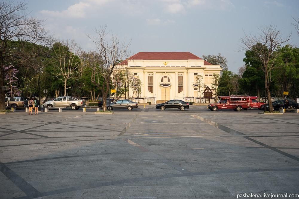 Площадь в Чиангмае