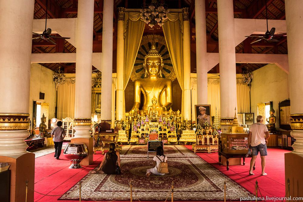 Будда в Чиангмае