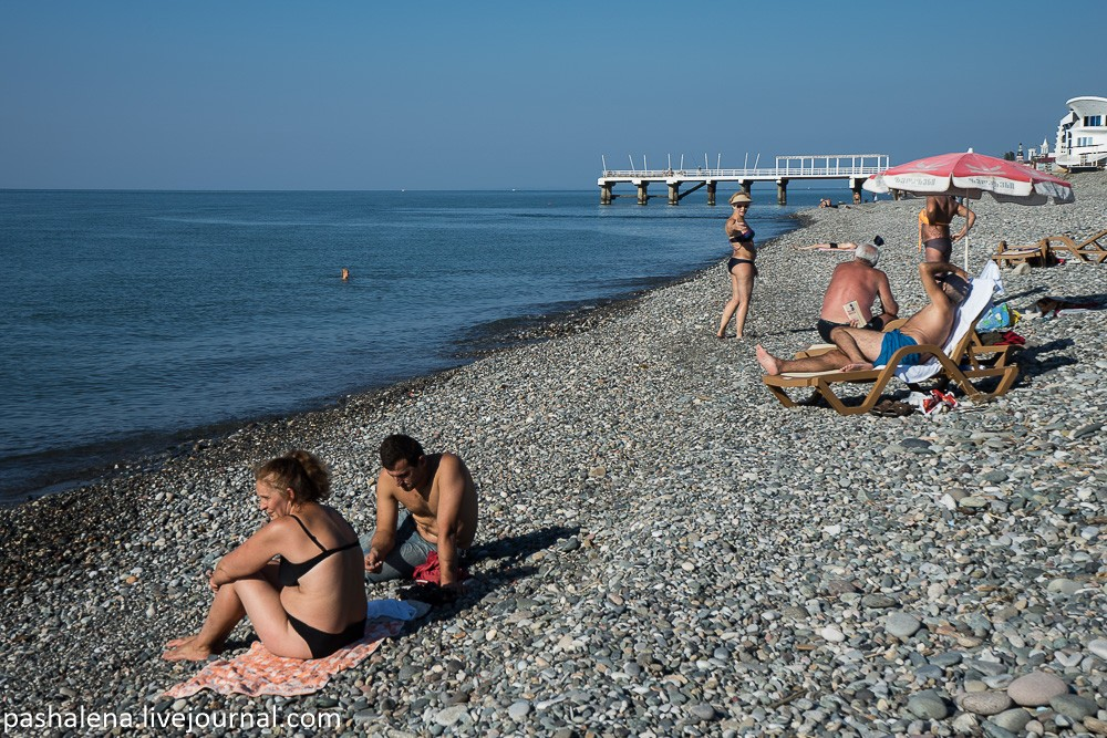 Галька на пляже
