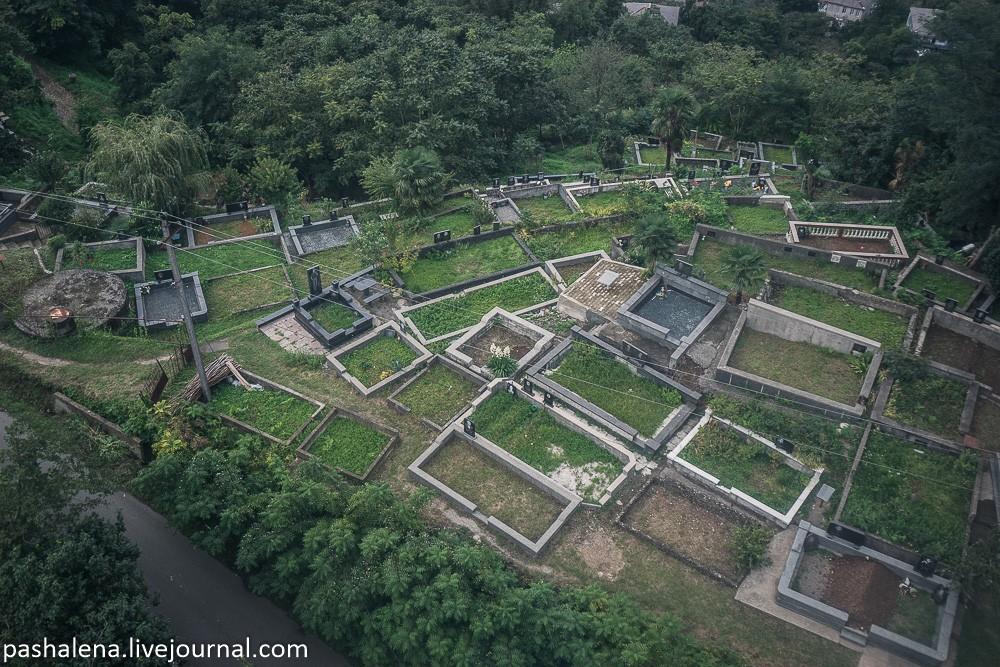 Кладбище в Грузии