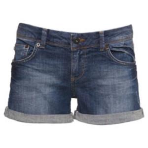 topshop_moto_denim_mid_waist_shorts_1380288239_b4441516