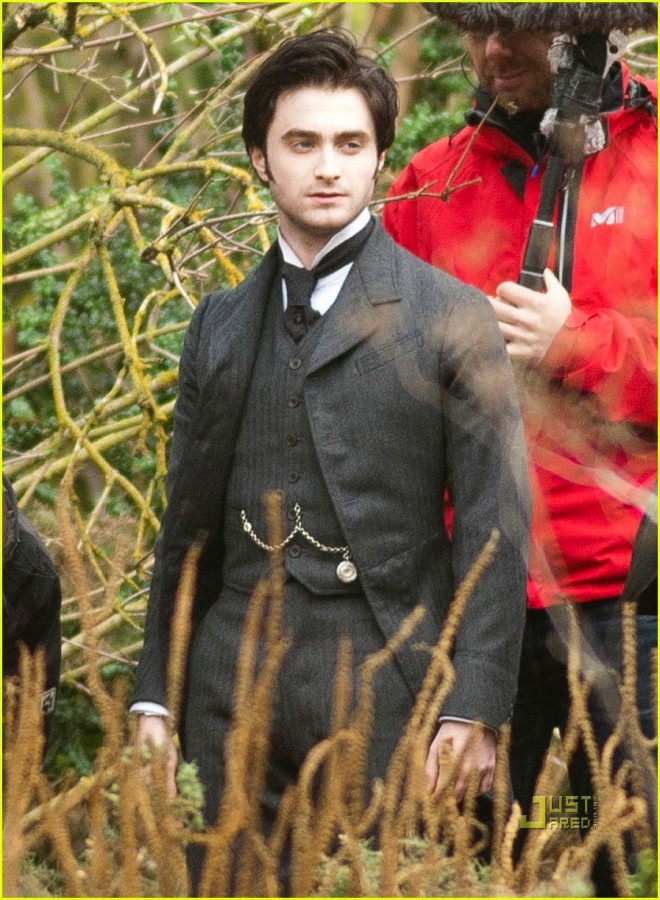 daniel-radcliffe-woman-in-black-01